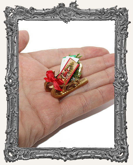 Miniature Christmas Sleigh with Greeting Cards Decoration