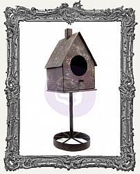 Finnabair - Metal Frame - Rusty Birdhouse