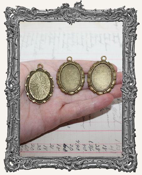 Antique Brass Regal Settings - Set of 2