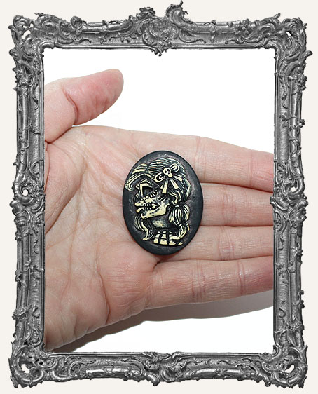 30x40mm Resin Cameo - Sugar Skull Goddess