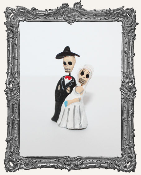 Mini Dia De Los Muertos Skeleton Wedding Couple Figure