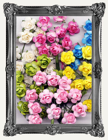 MINIATURE PAPER FLOWERS & MORE